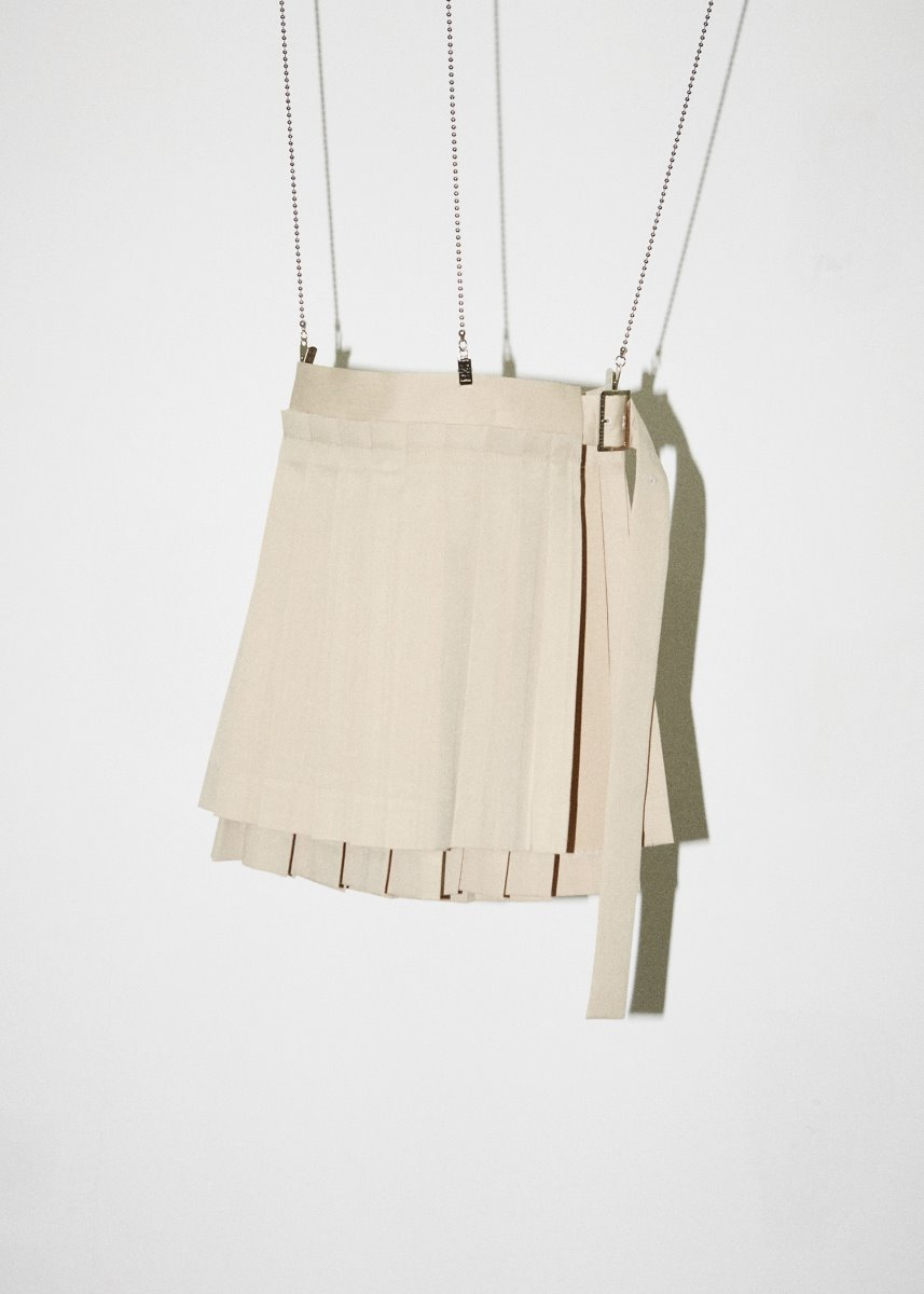 LAYERED PLEATS SKIRT beige