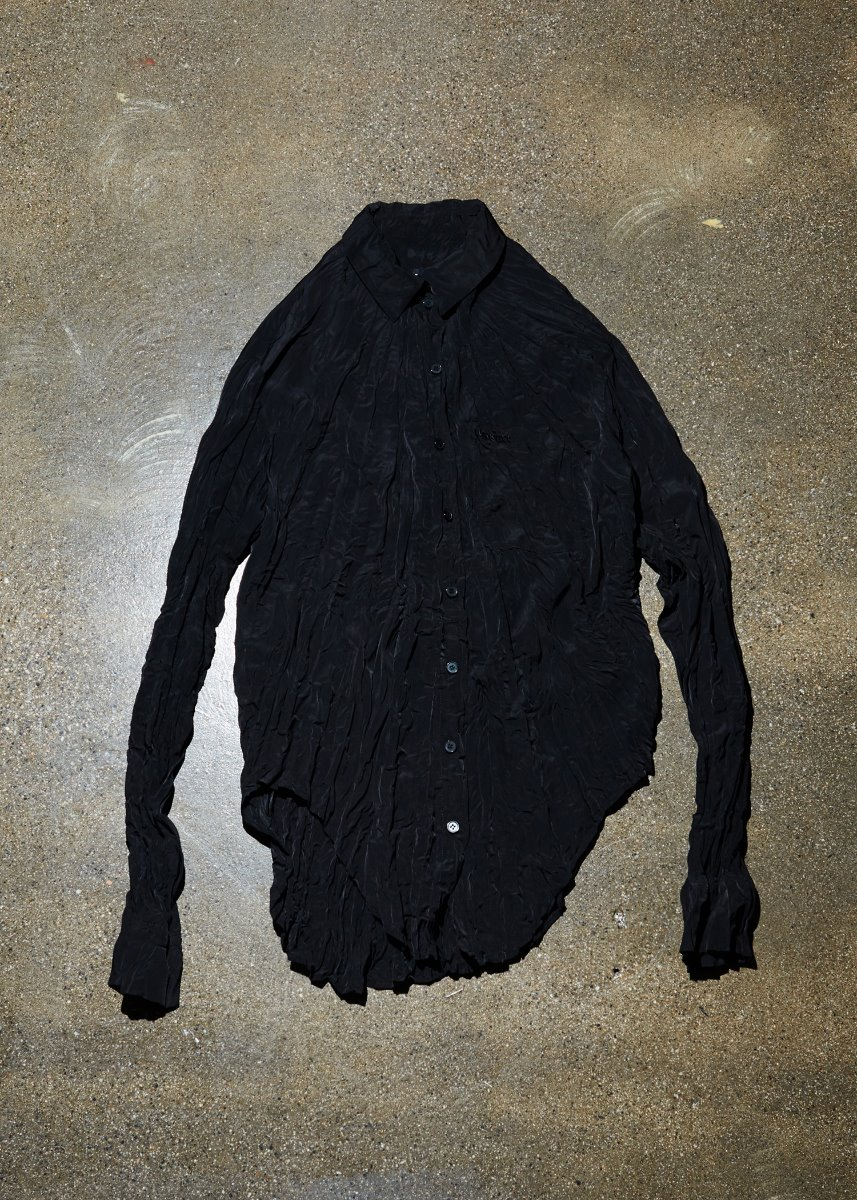 WRINKLE EFFECT SHIRT black