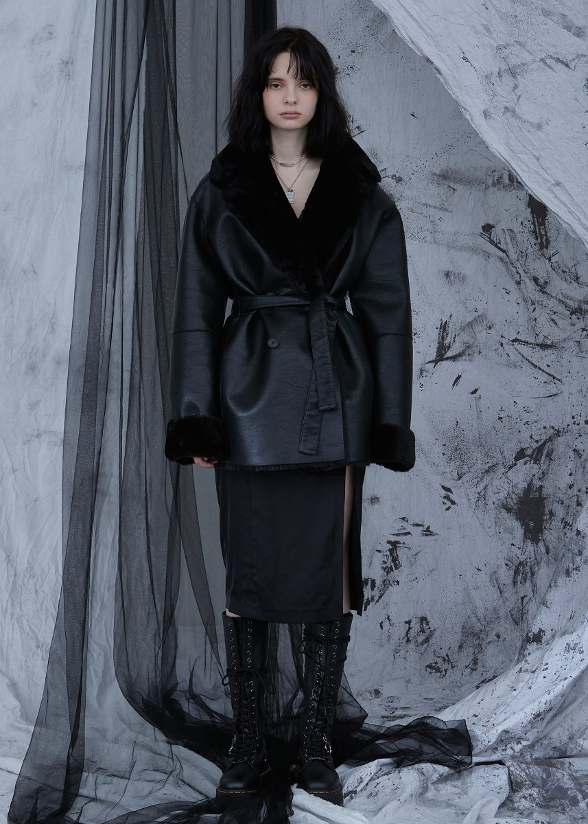 REVERSIBLE LEATHER FUR COAT black